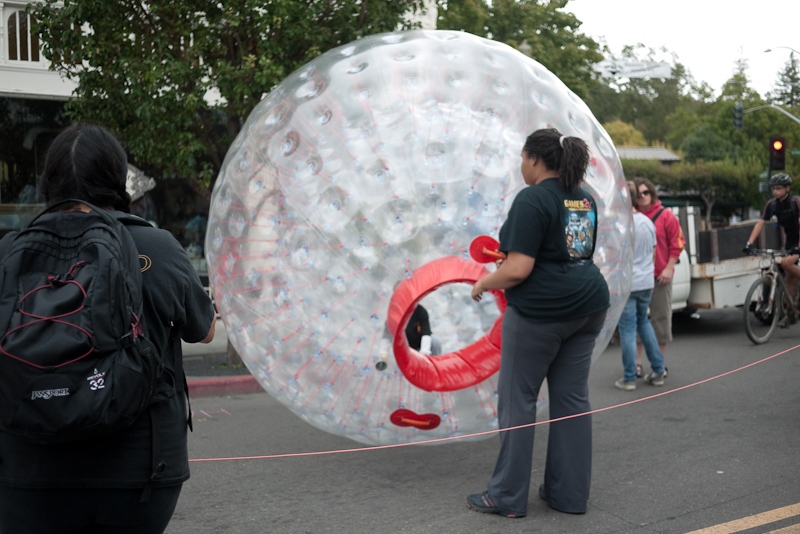 san anselmo street fair - bubble walk